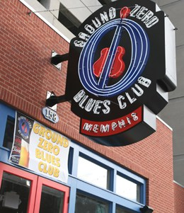 Ground Zero Blues Club Expands With Peavey Versarray